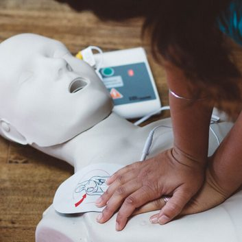 CPR-A/C with AED FULL CERTIFICATION