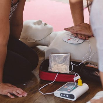 Standard First Aid with CPR-C + AED FULL CERTIFICATION